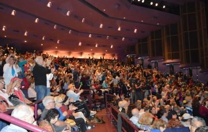 Nearly 2000 attendants voice concerns to Representative Buchanan