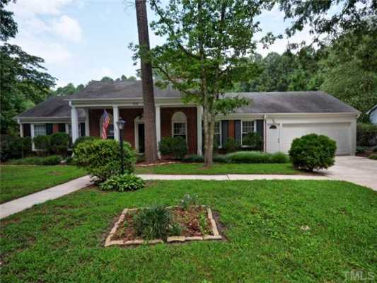 http://listings.realbird.com/Real_Estate/In-Ground-Pool-to-Enjoy-/Cary/NC/C9I7L9R4/187635.aspx?tab=photos