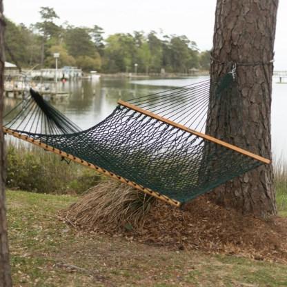 15dcg-pawleys-island-rope-hammock-backyard-2-xx.jpg