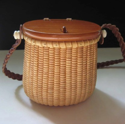 Evening purse basket