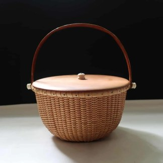 "7"" Nantucket basket with cherry wood stakes"
