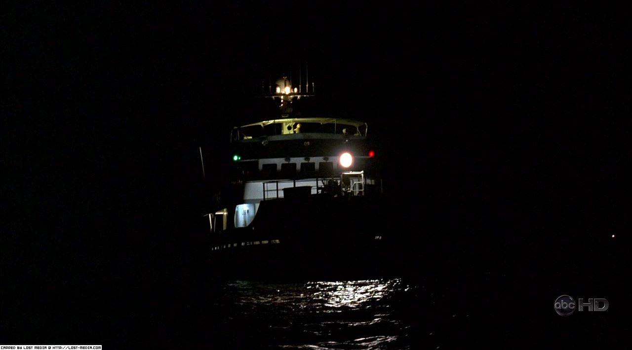 413-pennys-boat-011