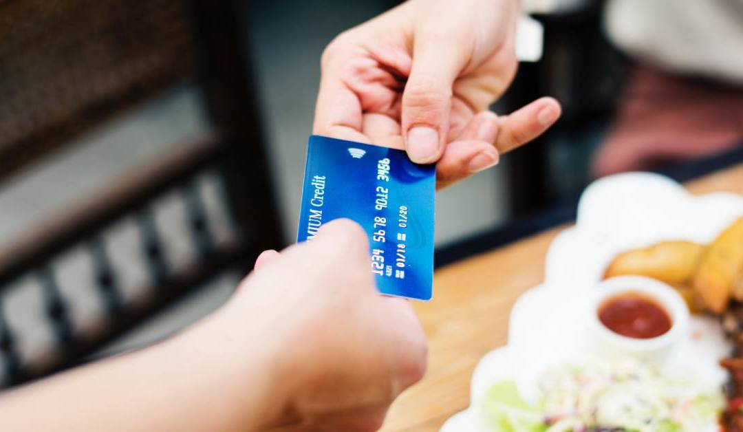 4 Ways To Sell More Gift Cards In Your Restaurant