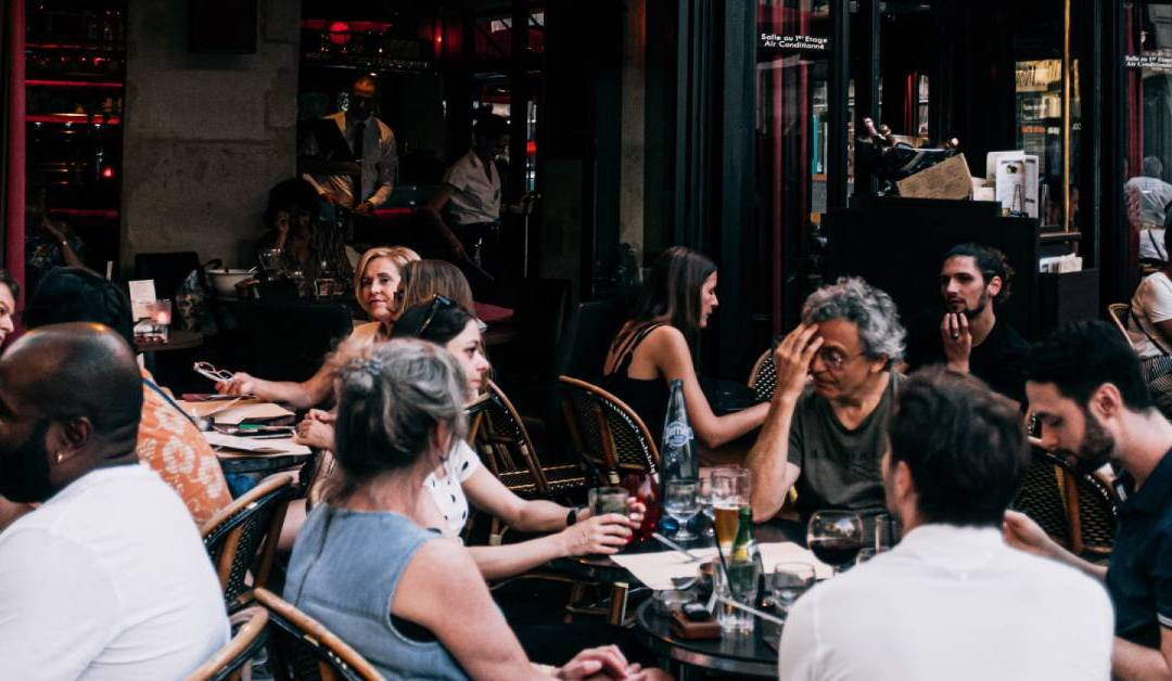 5 Ways Restaurants Can Create Repeat Customers With Digital Marketing