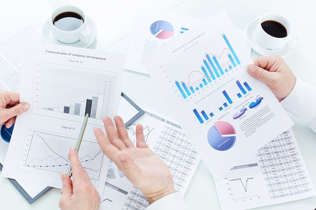 Analyzing market