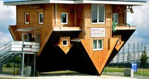 10 das casas mais estranhas e únicas no mundo