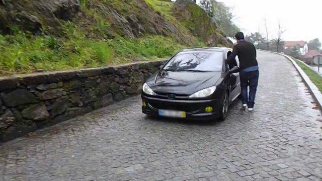 Braga: A estrada mágica onde os carros sobem sozinhos