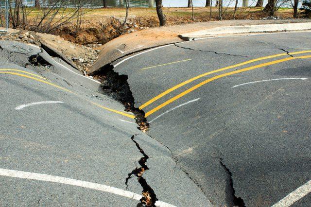 A Terra está a travar. Poderá isto provocar mais sismos?