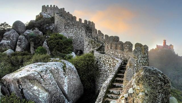 A História do Castelo dos Mouros