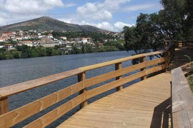 Novos e fantásticos passadiços de Castelo de Paiva, no Douro