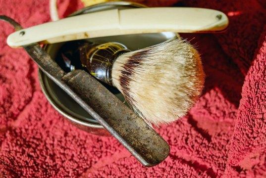 «Fazer a barba» é um erro de português?