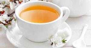 Chá de açafrão é remédio caseiro