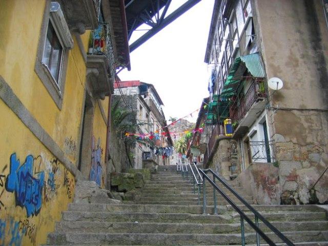 Escadas e escadarias portuguesas