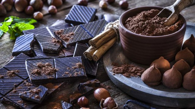 benefícios do chocolate negro