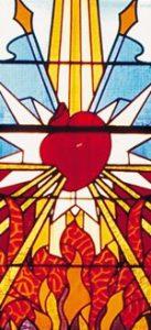 Ce vitrail représente les instruments de la Passion.
