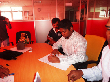 NDES alumni MOU sign with sei campus (4)