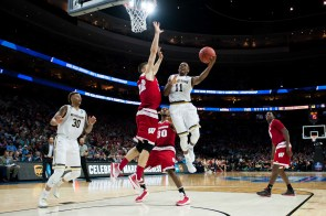 Irish junior forward Demetrius Jackson drives during the Sweet 16 game in Philadelphia on Friday night.