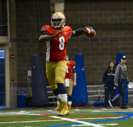 Irish senior quarterback Malik Zaire scrambles during spring practice.