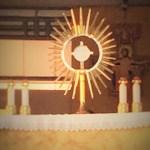 Adoration eucharistique le dimanche à Ste Anne