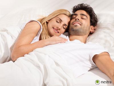 寝違え治し方 腕枕