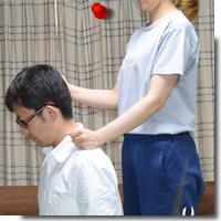 肩こり解消肩たたきアイキャッチ