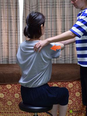 肩関節ゆるい-ジャーク3