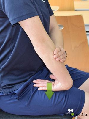 手の腱鞘炎-コンプレッションストレッチ4-2