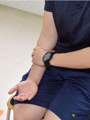手の腱鞘炎-コンプレッションストレッチ6