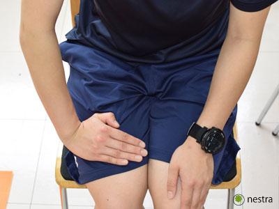 手の腱鞘炎 橈屈ストレッチ1