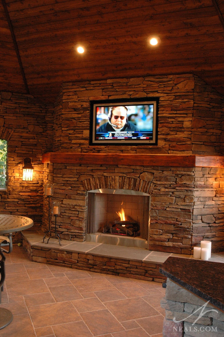 Outdoor Entertainment Area Maineville Oh