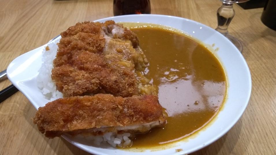 Mon curry au poulet pané que jai bien mérité
