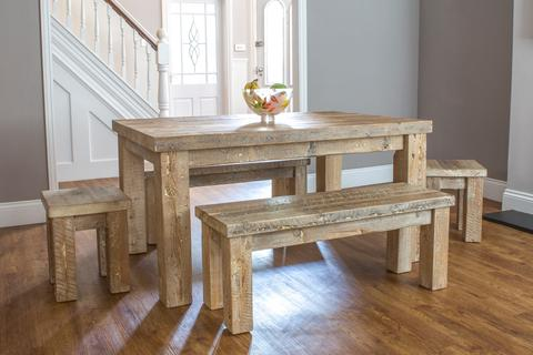 Reclaimed Wood Round Dining Table And Chairs