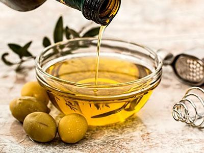 Huile d'olive végétale: Olea Europaea Oil