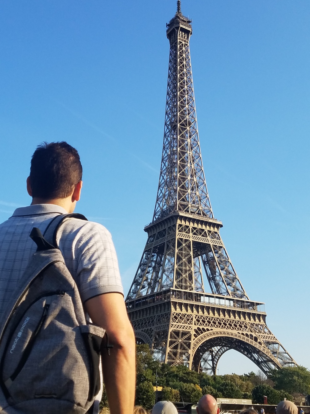 sling bag neatpack Eiffel tower