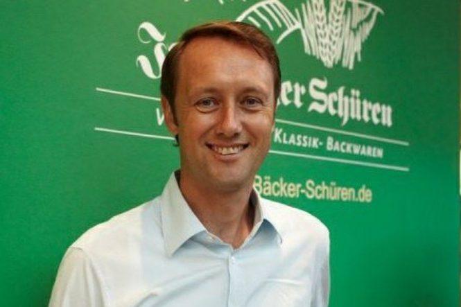 Roland Schüren
