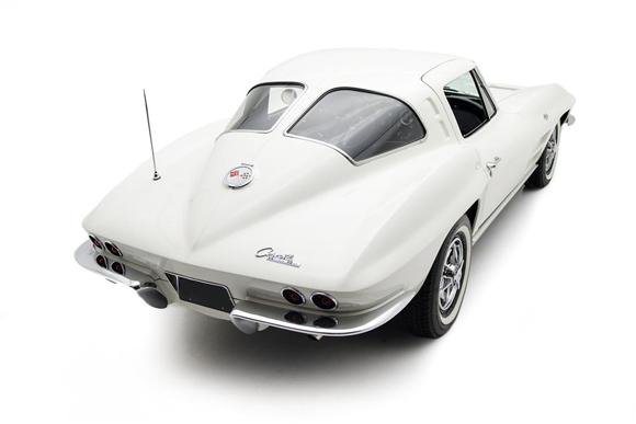 Lot 1143 - 1963 Chevrolet Corvette Split Window