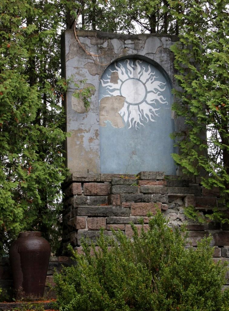 shrine & vase at COA