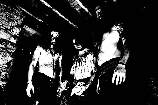 tombstalkes - black - pict
