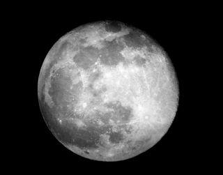 Poem: Full Moon, March 2020