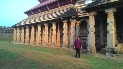 ത്രിഭുവന തിലക ചൂഡാമണി ബസ്തി - മനോജ്