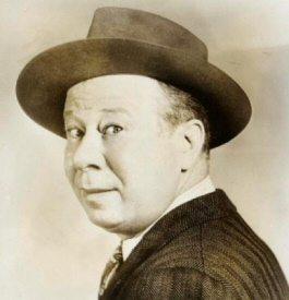 Bert Lahr with hat