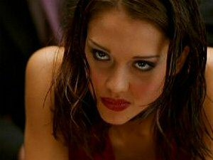 Jessica Alba is Max in Dark Angel