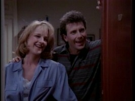 Helen Hunt and Paul Reiser in Mad About You