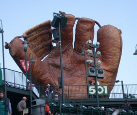 Giant Catchers Mitt