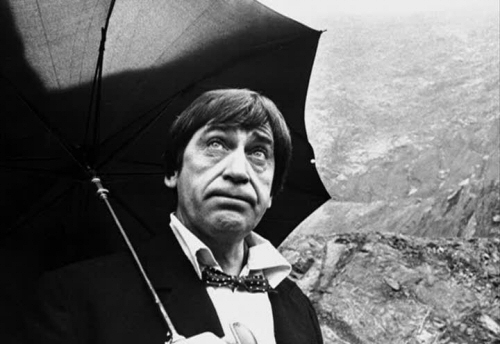 A loquacious, intelligent wanderer called Troughton? No... It couldn't be!
