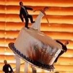 Disaster wedding cake