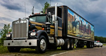 Smokey and the Bandit Snowman Truck