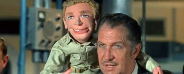 Vincent Price and friend on Voyage to the Bottom of the Sea