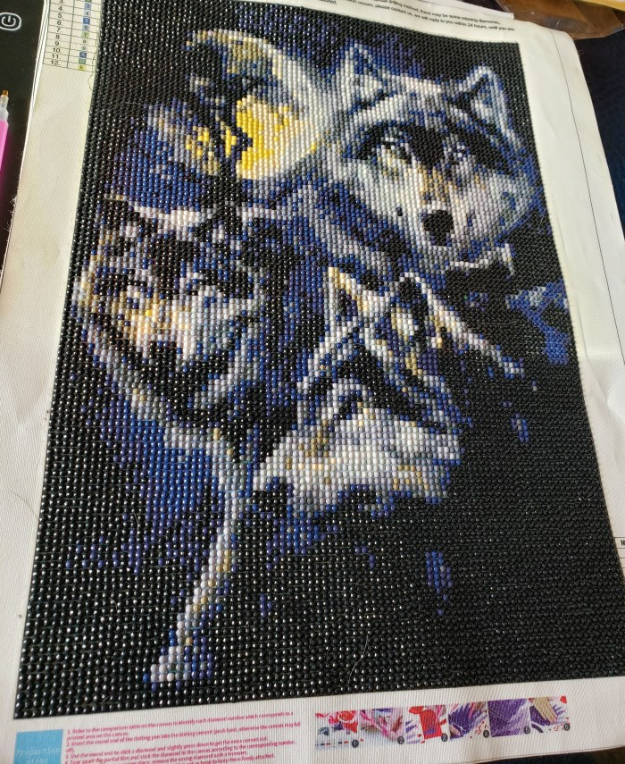 Diamond painting tutorial finished full drill canvas of wolves with moon in background