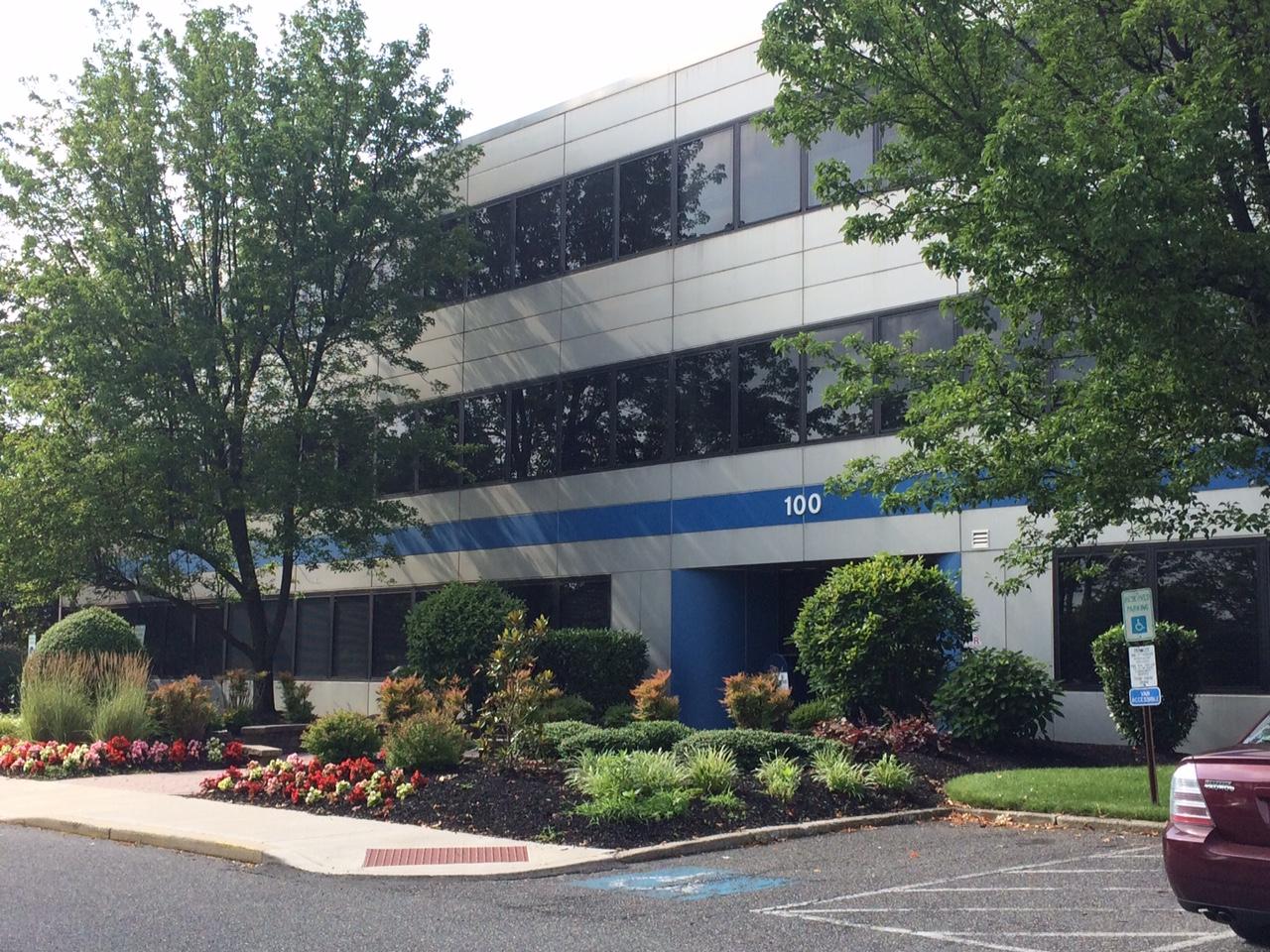Lease office space in Mount Laurel, NJ